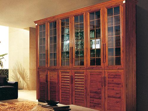 古典风格书柜