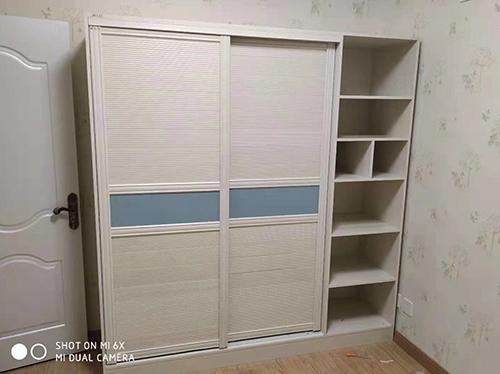 儿童房衣柜